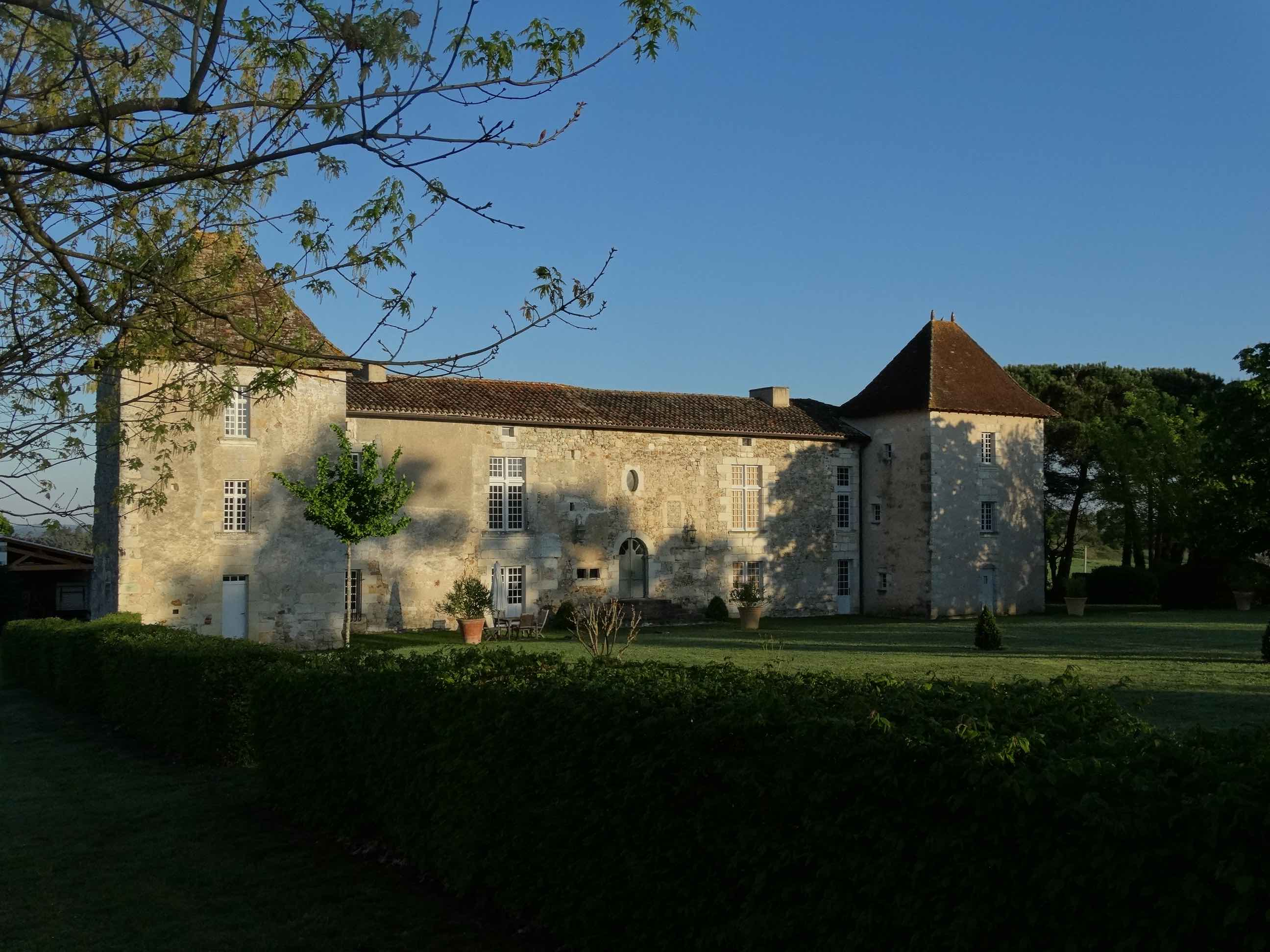 The manor of Puymangou to rent for holidays